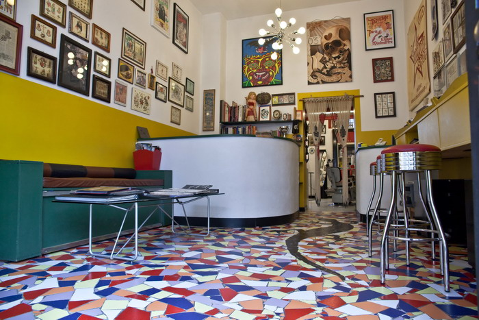 the tattoo shop 1